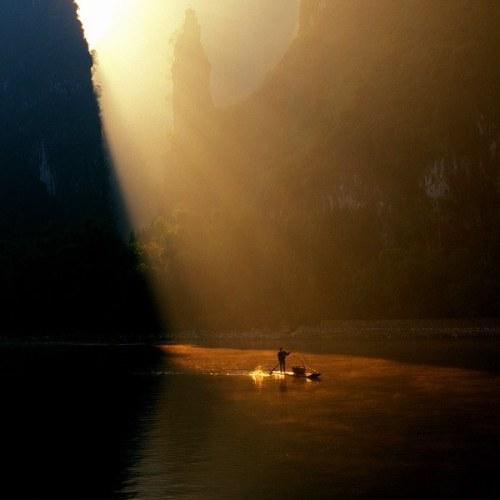Esta imagen es de Feng Jiang, fotógrafo chino (tomada del blog Cuaderno de Retazos)